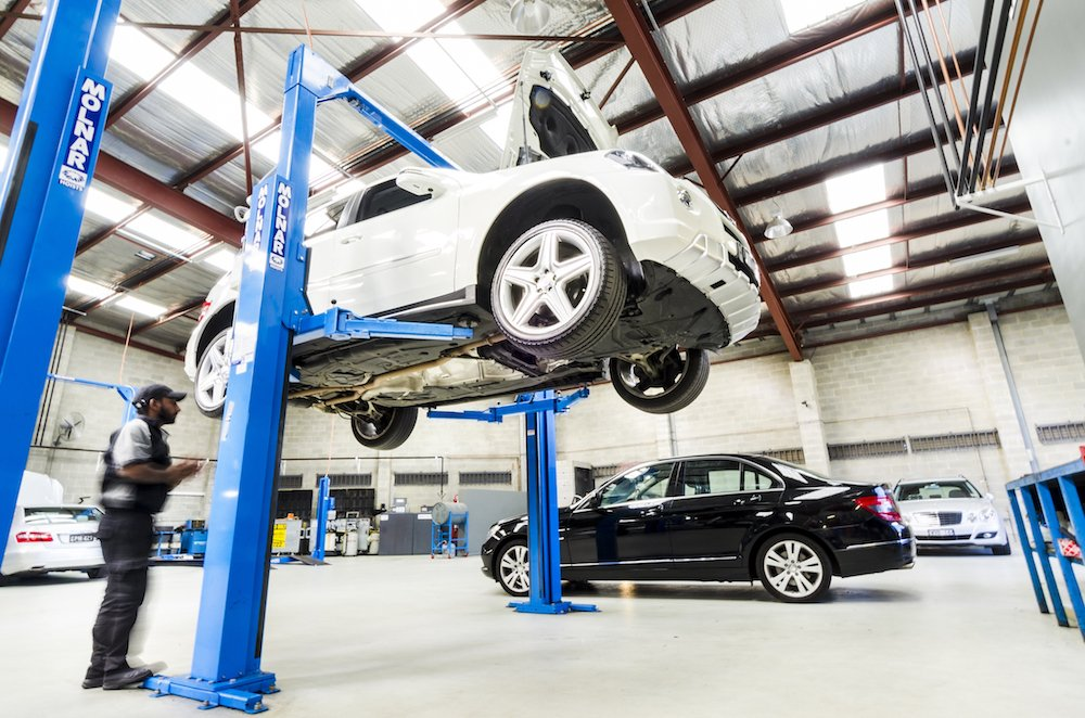 Mercedes Benz servicing Melbourne (1)