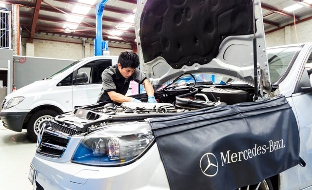 Mercedes mechanic Melbourne