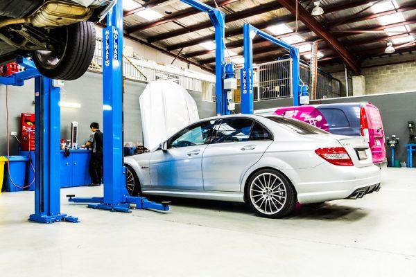 Mercedes-Benz specialist
