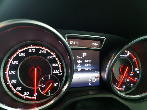 Mercedes Benz dashboard