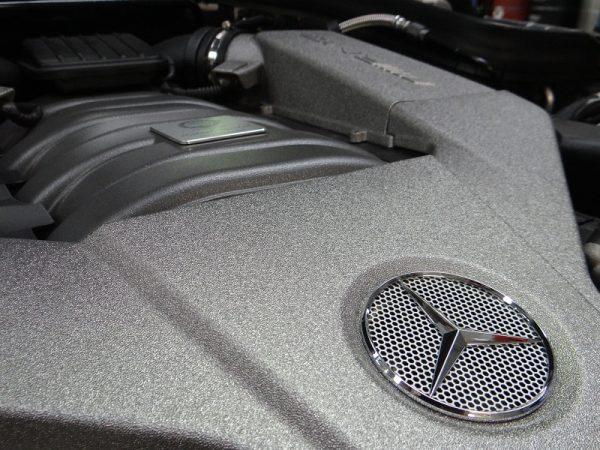Mercedes Benz mechanic engine